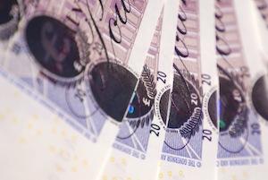 Czy warto rozważyć konsolidację zadłużenia (Debt consolidation) w UK?