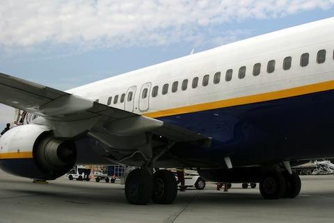 Jak kupić tani bilet lotniczy na przelot do lub z UK?