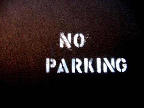 Mandat za złe parkowanie w UK i co z nim zrobić?