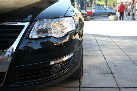 Mandat za złe parkowanie w UK – jak obniżyć jego wysokość?