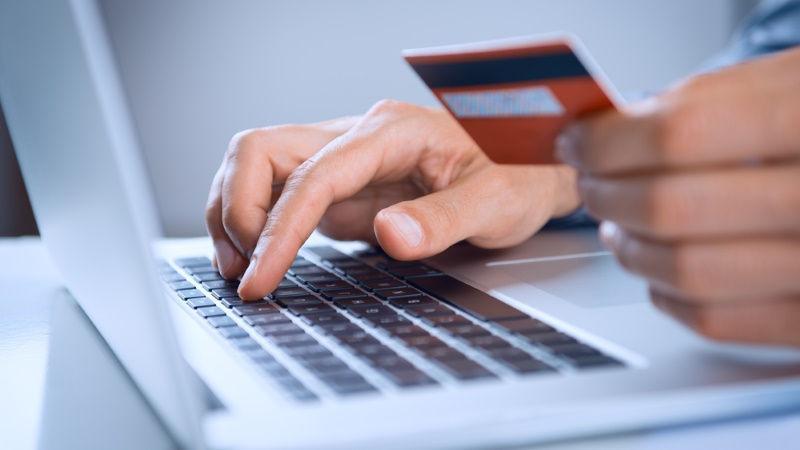 Dlaczego warto korzystać z e-płatności