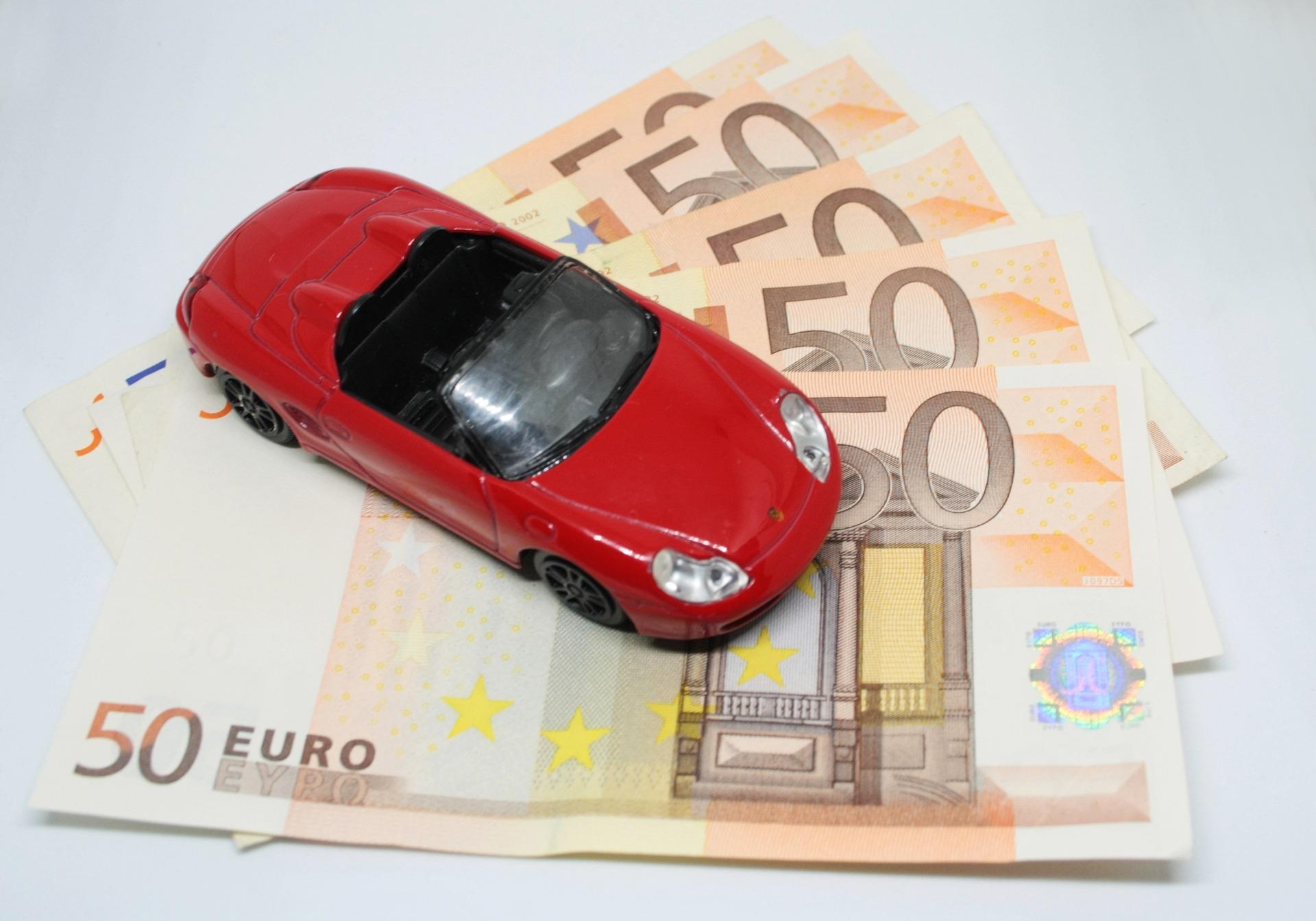 Najlepsze sposoby na znalezienie taniego ubezpieczenia samochodu